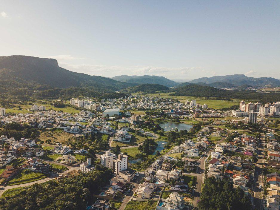 Cidade Pedra Branca: uma cidade para pessoas